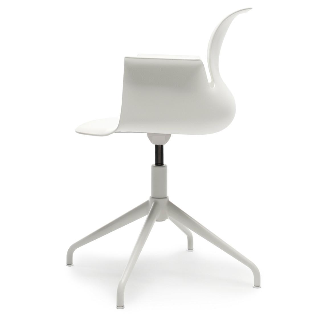 Kleiderschrank designpreis  PRO ARMCHAIR Vierstern-Aluminiumgestell   Flötotto Shop
